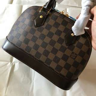 Louis Vuitton Alma bb Ready Stock