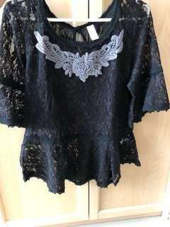 🚚 全新蕾絲黑色柔美上衣
