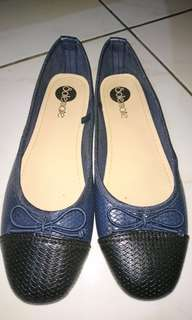 Solemate flats size 37