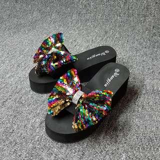 🚚 華麗女神風格色彩亮片厚底拖鞋(彩色.黑兩色)
