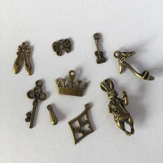 16 pcs Mix Bronze Metal Charms