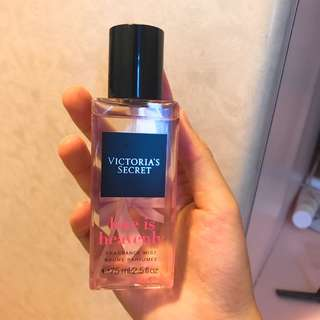 Victoria's Secret Fragrance Mist (Love is Heavenly)