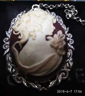 Victorian vintage cameo necklace rare kind