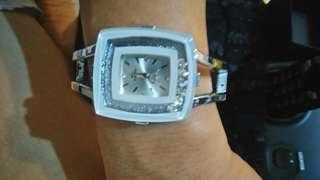 🚚 手環錶