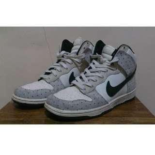 Nike High Cut Shoes (Ladies)