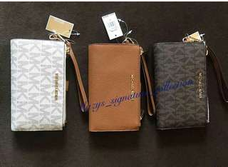 Michael kors wrislet wallet with phone pocket