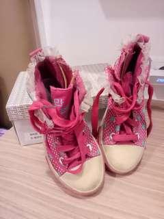 Sepatu bots pink