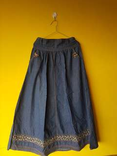 Rok bahan denim big cutting