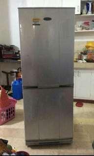 American Home Bottom Freezer