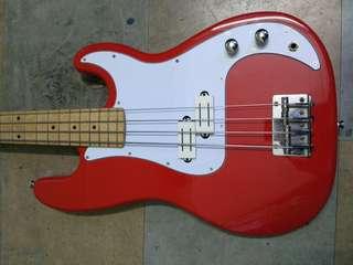 Bass guitar precision