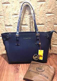 Michael kors bag (authentic quality only)