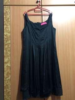 🚚 XL Clubmarc Black Satin Dress