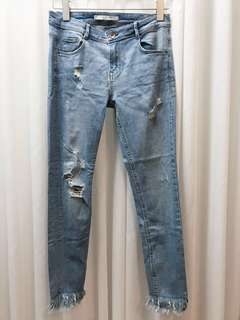 Zara Distressed Crop Frayed Hem Jeans