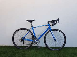 Giant Defy 1 (Size M). FULL SHIMANO 105