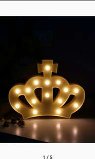 Crown light battery operated