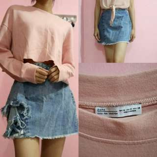 cropped top sweater dan mini skirt jeans zara.  please to read description more carefully