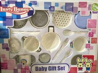 NEW! Lusty Bunny Feeding Set 15in1