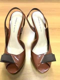 Preloved sepatu charles & keith bagus