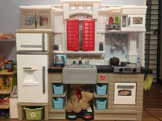 Step 2 kitchen set