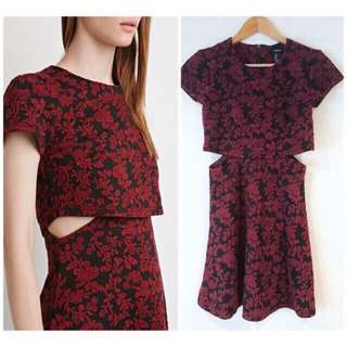 Cutout Layered Textured Dress - Medium