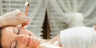 Ear Detoxification+ Aroma Lymphatic Massage +Moxibustion Treatment