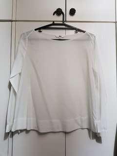 Pre-loved Uniqlo blouse