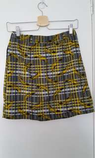 Dangerfield Plaid Banana skirt