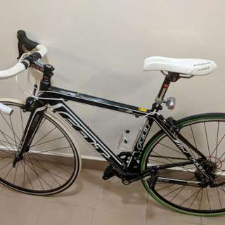 Felt F75 Road Bike with Adamo Seats and custom pedals (Good Condition!)