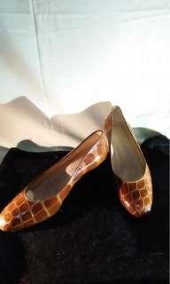 Branded shoes ferragamo, zagliani made in italy