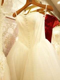 PROMO $300 Korea simple lace button princess tutu white wedding bridal gown