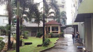 Midrise condo for rush sale