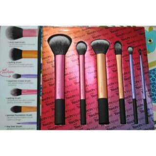 Real techniques 6 in 1 brush set