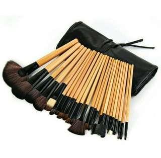 🚚 💕Ginger Brown 24pcs Brush Set💕