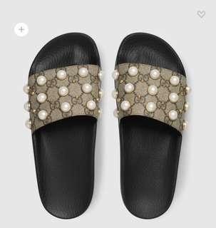 Gucci Slides Size 6