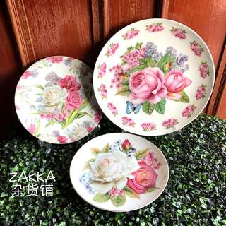 Vintage Europe Style Floral Plates