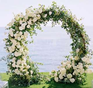 Round White roses arch