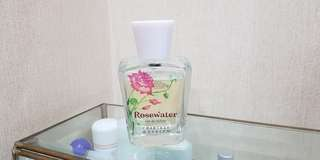 Rosewater Crabtree n evelyn