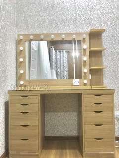 Frame Vanity Set