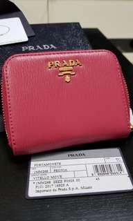 Prada桃紅直紋散紙包