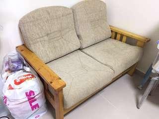 80%New 2人sofa 沙發120Wx68Dx76H
