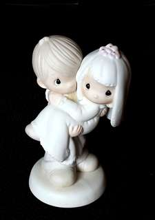 Precious Moments Figurines - Wedding Couple - Bless You Two