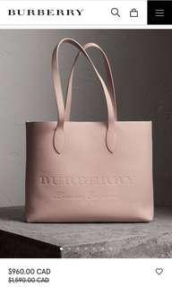 Burberry Embossed Leather Tote 代購,官網半價,代購價HKD$500,端午節後有,有興趣嘅,要快D聯絡我啦!