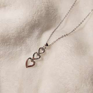 3 heart silver necklace