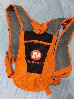 🚚 Merrell 水袋背包