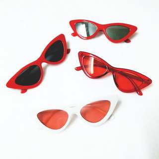 """""""Cat Eye"""" Sunglasses with pouch + wiper"""
