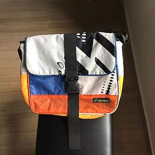 Authentic demano Barcelona Messenger Bag