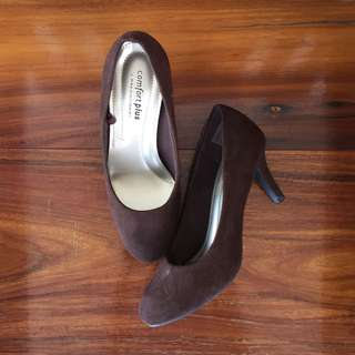 SALE! Brown Heels!