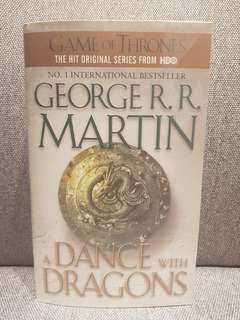 George R.R. Martin: A DANCE WITH DRAGONS
