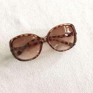(New) tortoise sunglasses