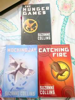 Boxed hunger games trilogy